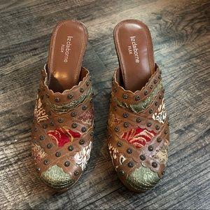 Vintage Unique Hippie Heel Clogs